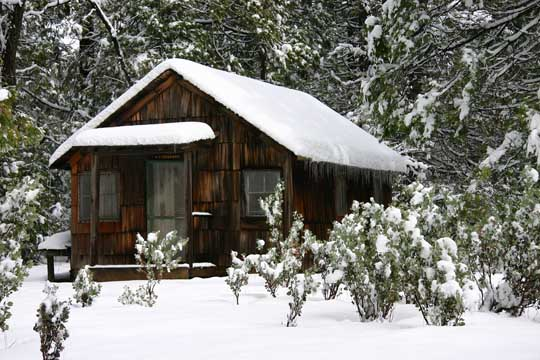 Miners-Cabin-Snow1